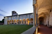Sant'Agostino cloister view at night